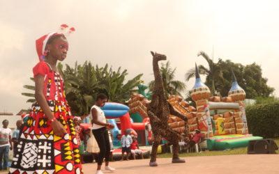 Noël: Enfants et grands se sont égayés à la Marionnette